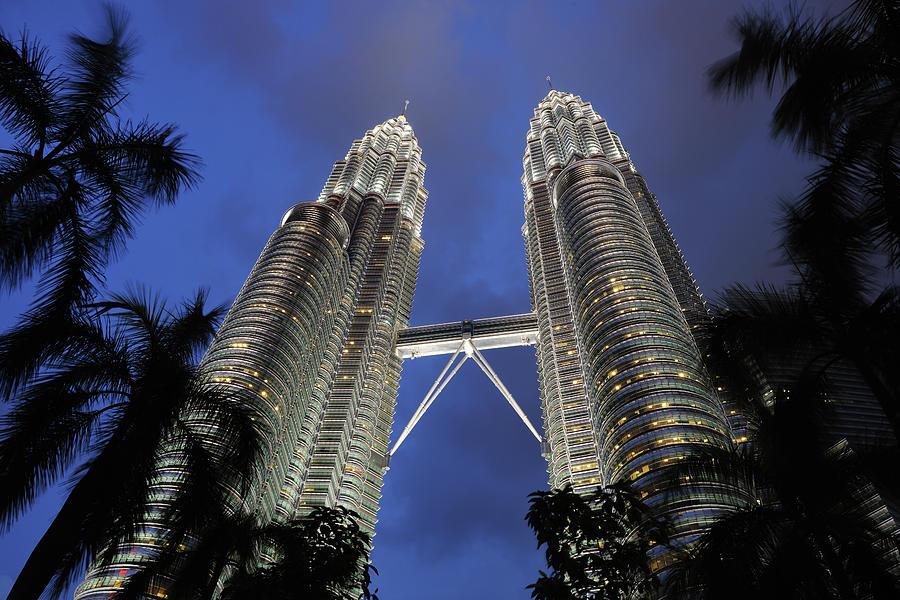 Petronas Towers, Kuala Lumpur Photograph by 4fr