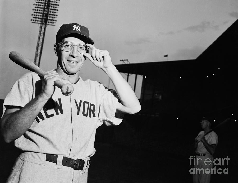 Phil Rizzuto Adjusting His Glasses Photograph by Bettmann