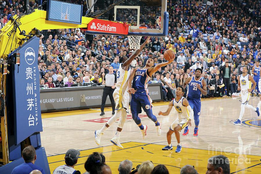 Philadelphia 76ers V Golden State Photograph by Andrew D. Bernstein