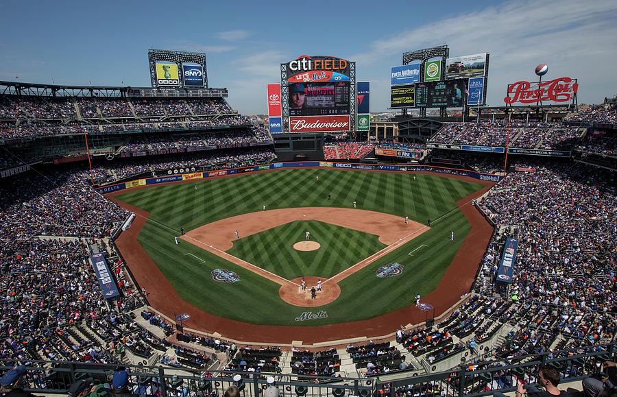 Philadelphia Phillies V. New York Mets Photograph by Anthony Causi