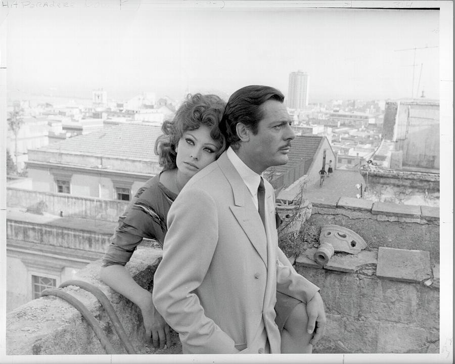 Photo Of Sophia Loren Photograph by Michael Ochs Archives