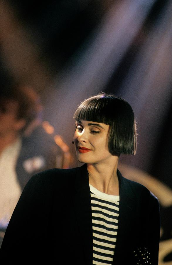 Photo Of Swing Out Sister Photograph by David Redfern