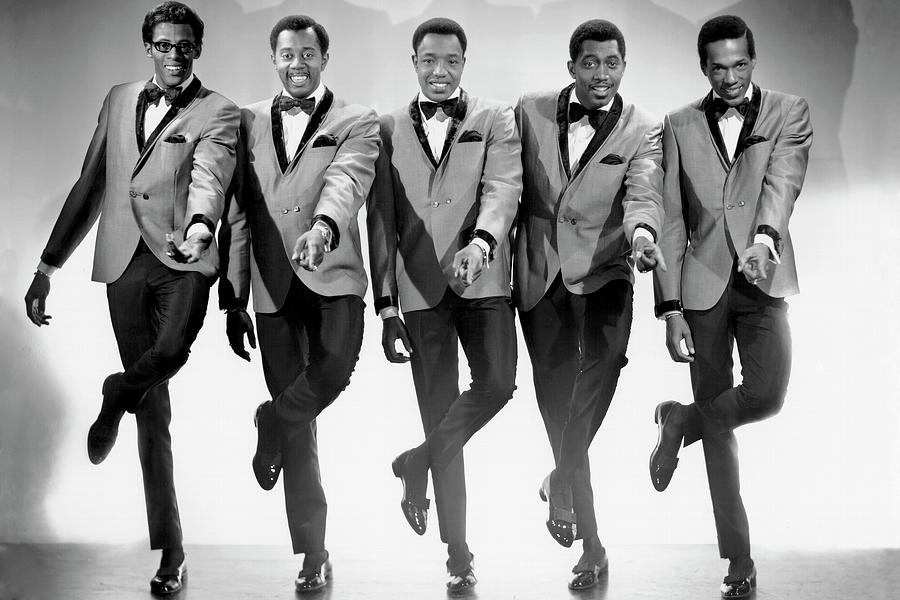 Photo Of Temptations Photograph by Michael Ochs Archives