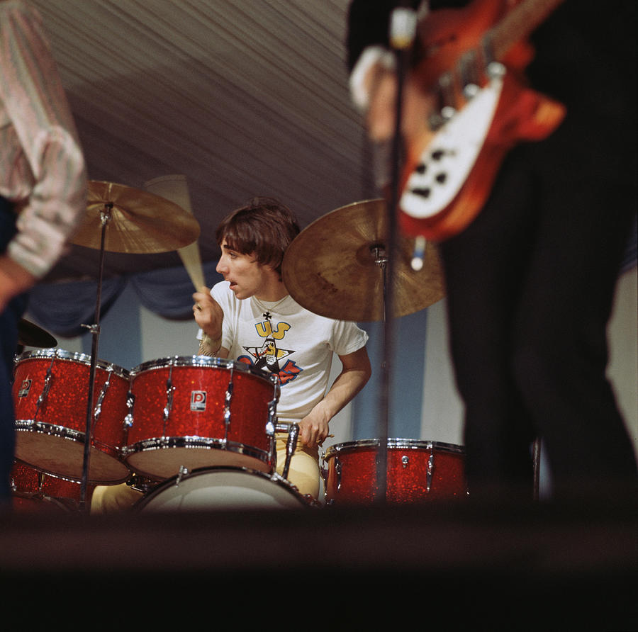 Photo Of Who And Keith Moon Photograph by David Redfern