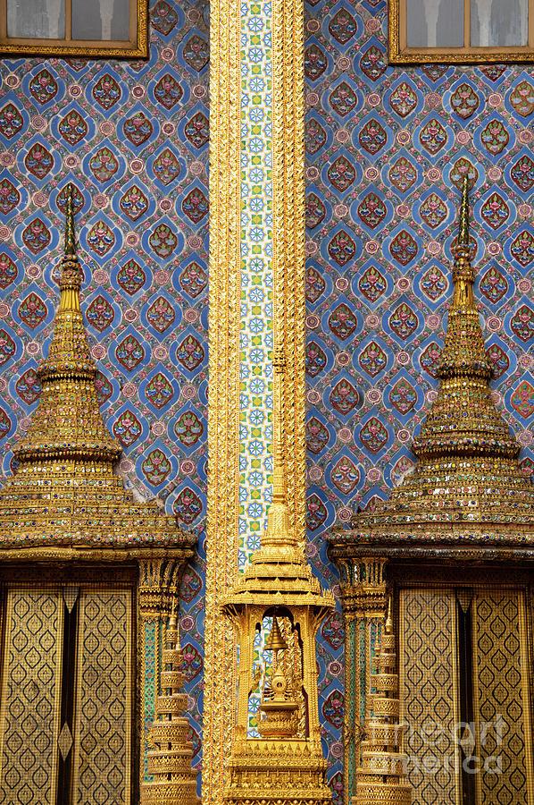 Phra Mondo Library Doors by Bob Phillips