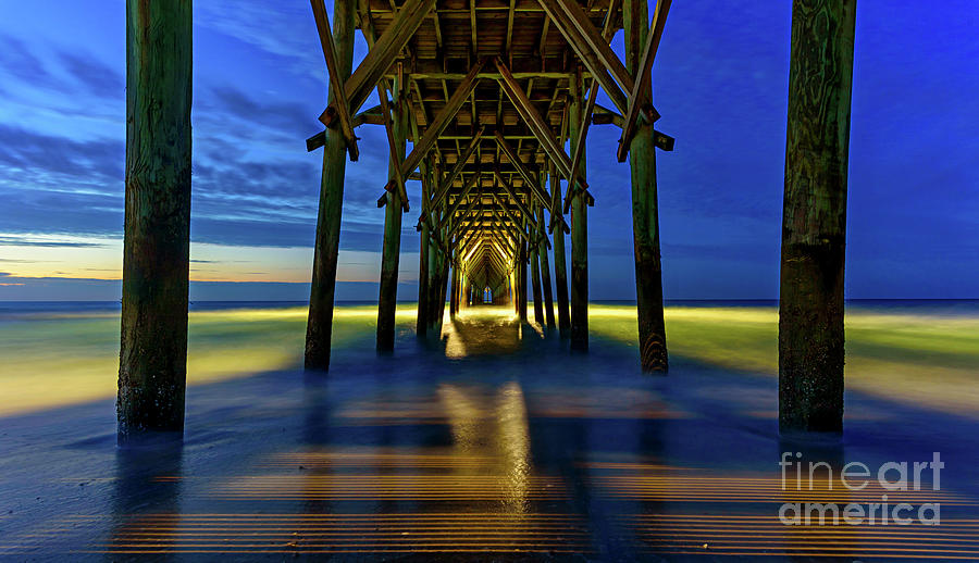 Pier Glow1 by DJA Images