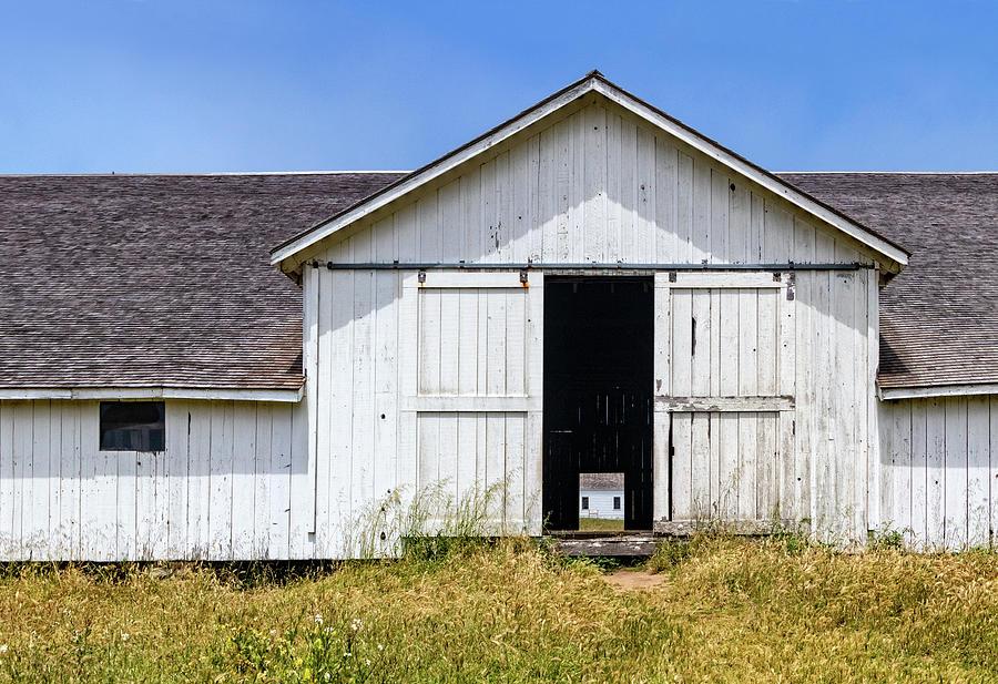 Pierce Ranch Barn by Carolyn Derstine