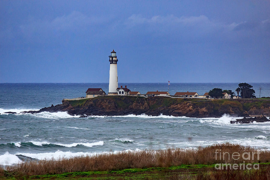 Lighthouse Photograph - Pigeon Point Light Station In San Mateo County Ca by G Matthew Laughton