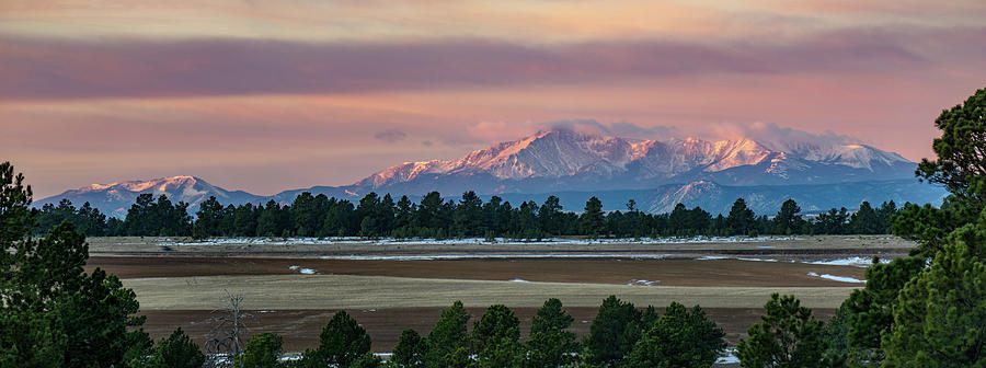Colorado Photograph - Pikes Peak Sunrise by David R Robinson