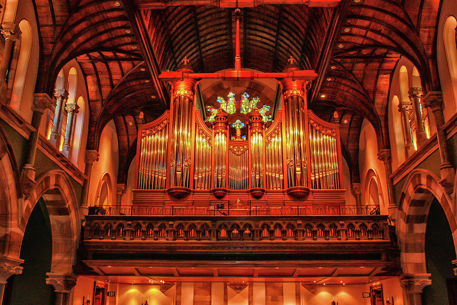 Pipe Organ by Robert Hebert