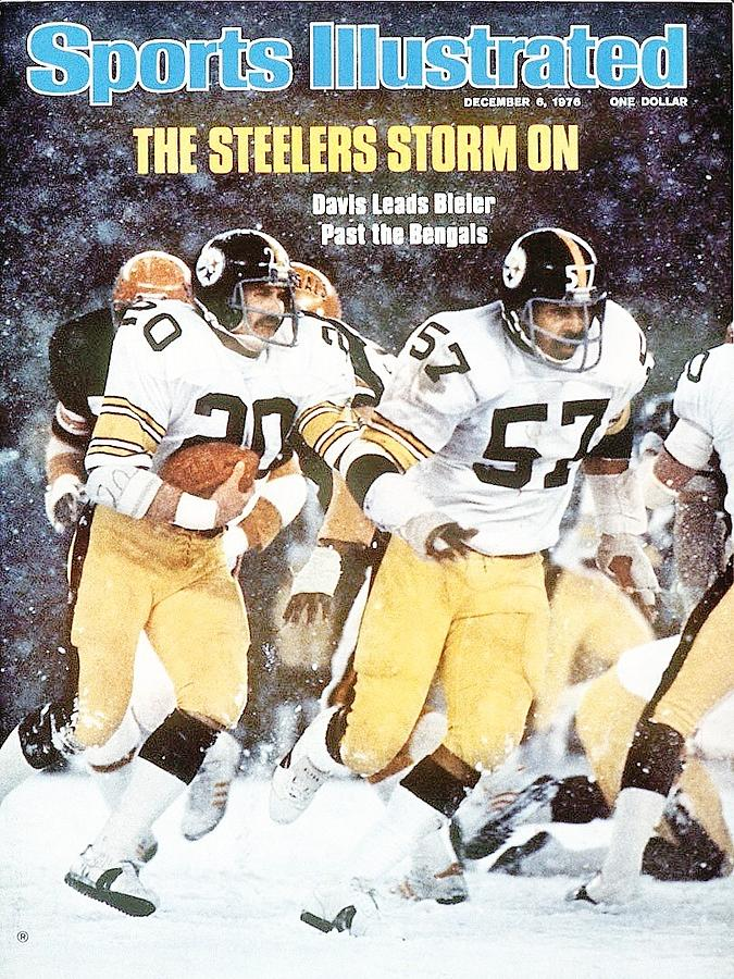 Pittsburgh Steelers Rocky Bleier And Sam Davis Sports Illustrated Cover Photograph by Sports Illustrated