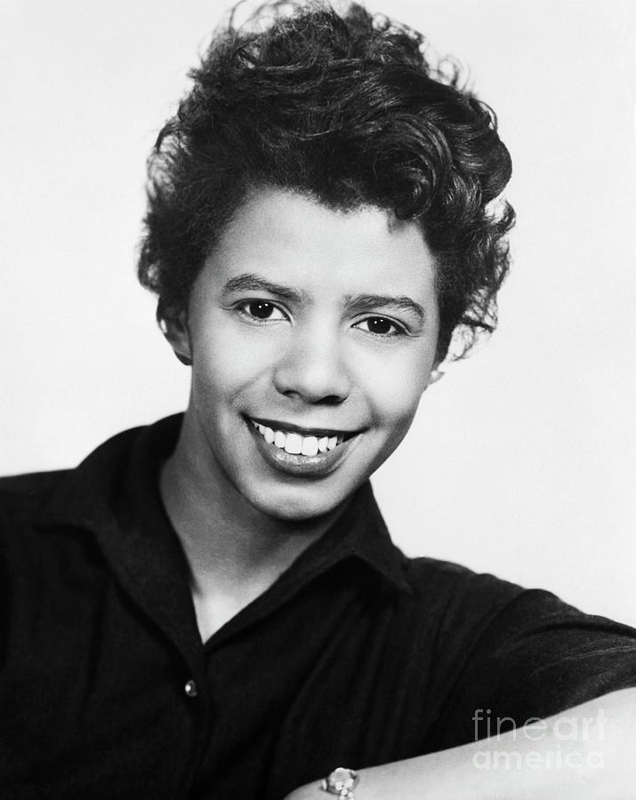 Playwright Lorraine Hansberry Photograph by Bettmann