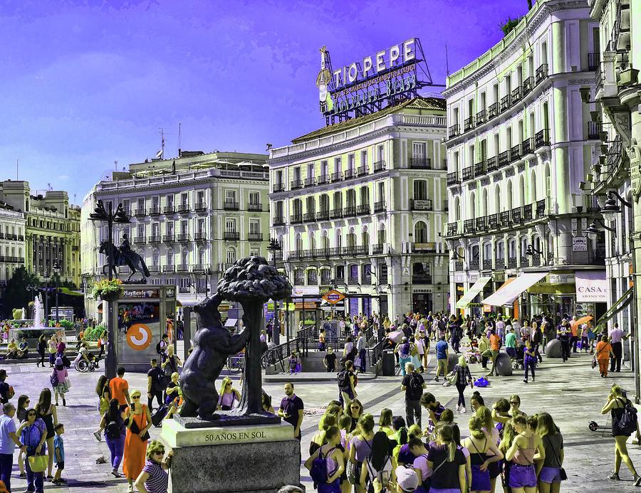 Plaza De La Puerta Del Sol - Madrid Photograph