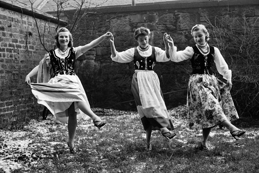 Polish Dance Photograph by Bert Hardy