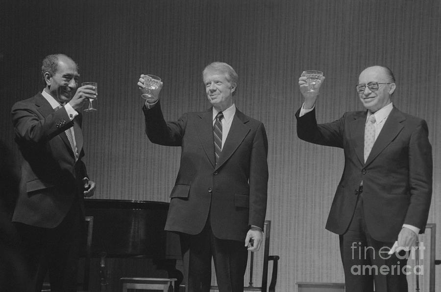 Political Leaders Following State Dinner Photograph by Bettmann