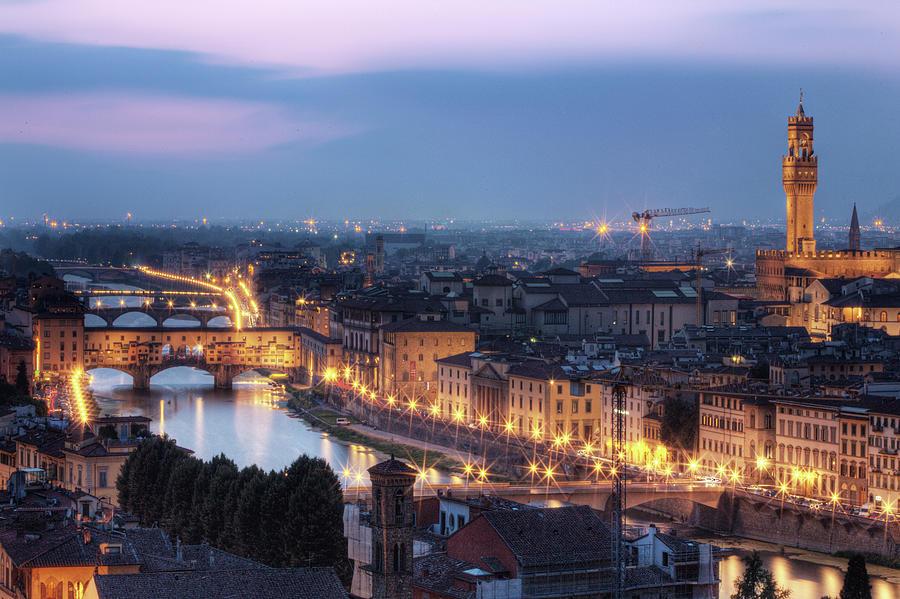 Ponte Vecchio & River Arno, Florence Photograph by Artie Photography (artie Ng)