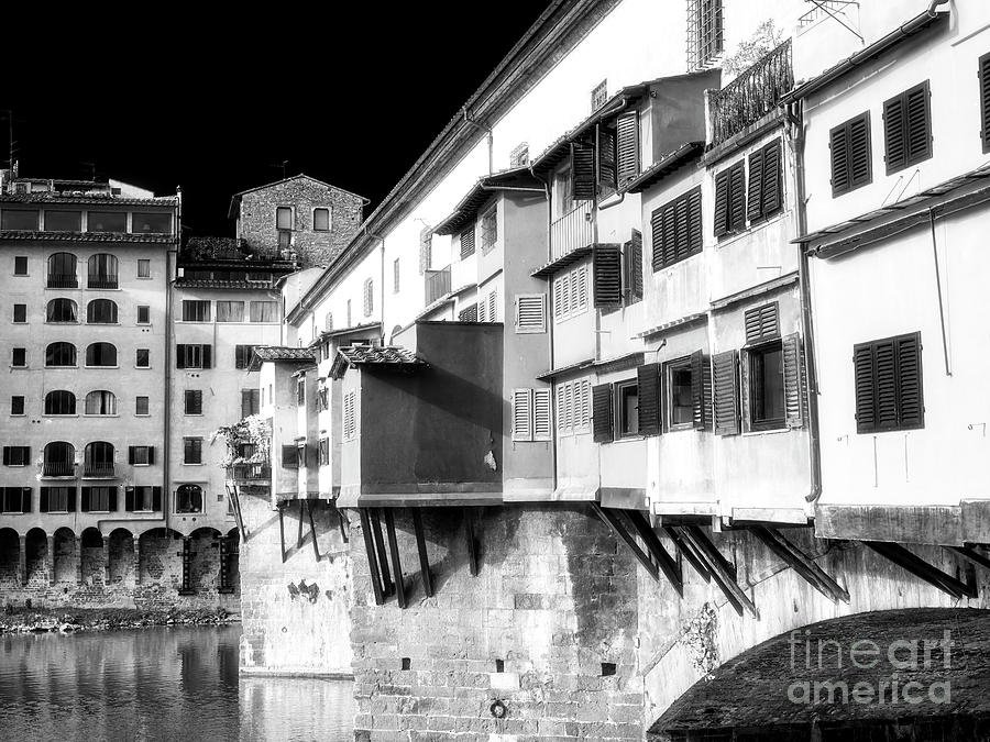 Style Photograph - Ponte Vecchio Style In Florence by John Rizzuto