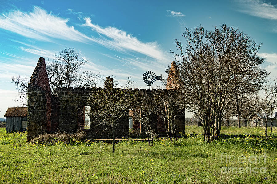 Pontotoc House ruins by Elijah Knight