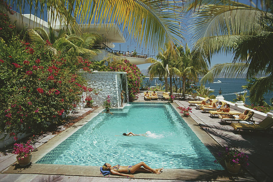 Pool At Las Hadas Photograph by Slim Aarons