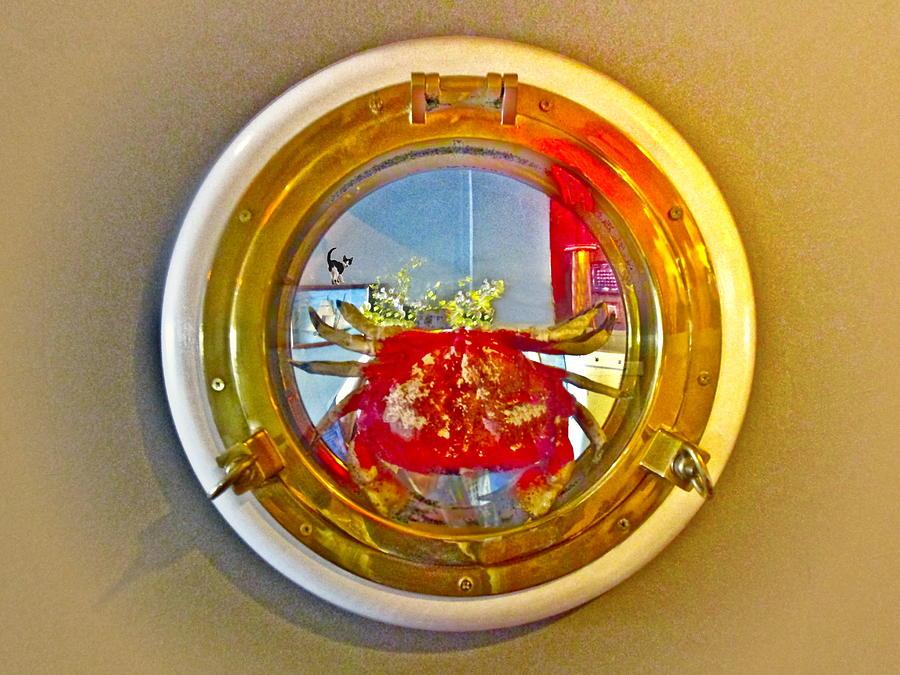 Port Hole Crab II by Joyce Dickens