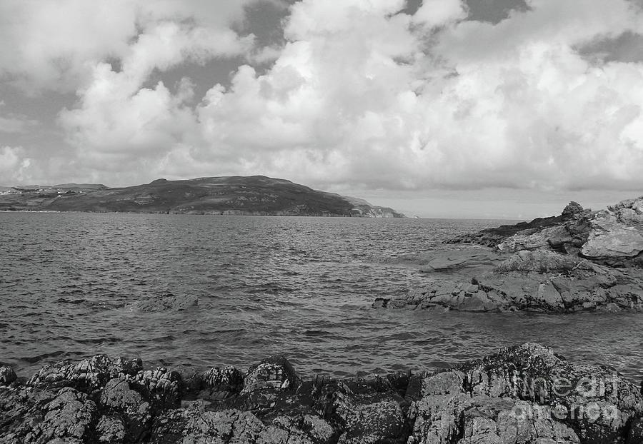 Portnablagh 2 bw by Eddie Barron