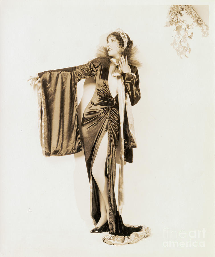Portrait Of Olive Borden Photograph by Bettmann
