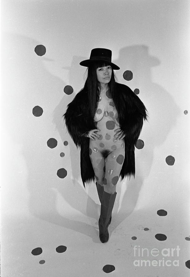 Portrait Of Yayoi Kusama Photograph by Fred W. Mcdarrah