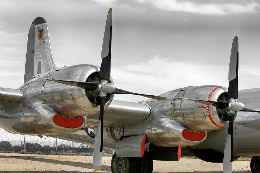 Pratt Whitney R4360 radial engines by Chris Smith