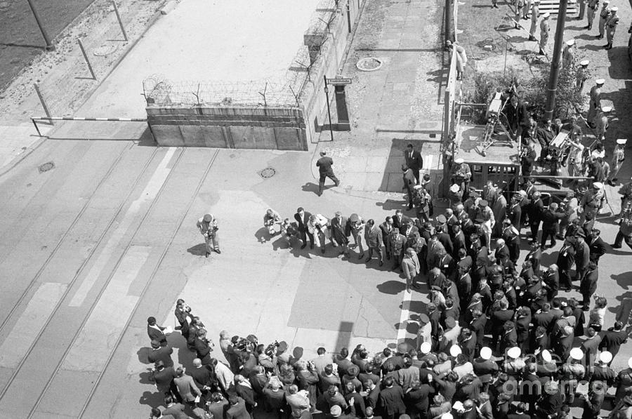 President Kennedy At Berlin Wall Photograph by Bettmann