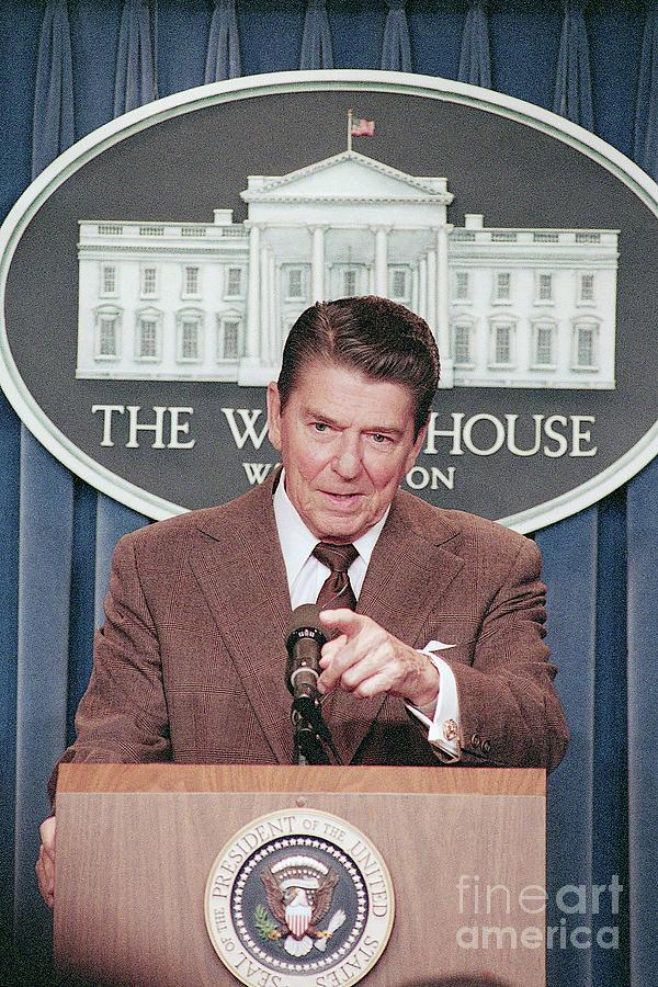President Ronald Reagan At A Press Photograph by Bettmann