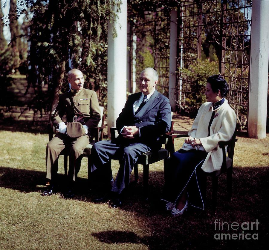 President Roosevelt Meets Chiang Photograph by Bettmann
