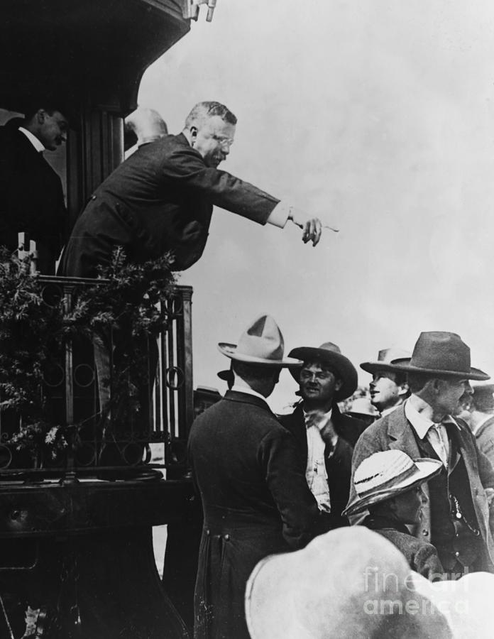 President Theodore Roosevelt Pointing Photograph by Bettmann