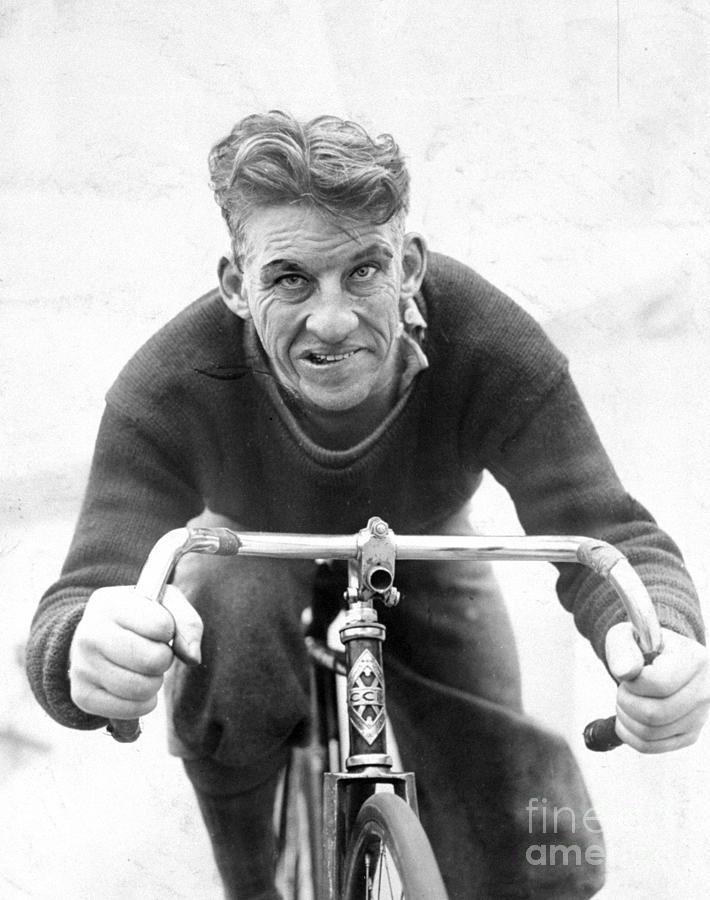 Professional Cyclist Reggie Mcnamara Photograph by New York Daily News Archive