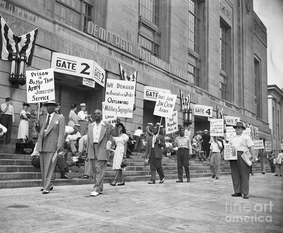 Protesters Outside Democratic Convention Photograph by Bettmann