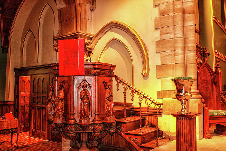 Pulpit by Robert Hebert