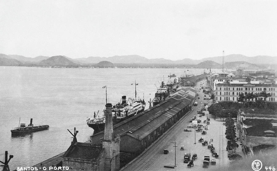 Quayside In Santos Photograph by Hulton Archive
