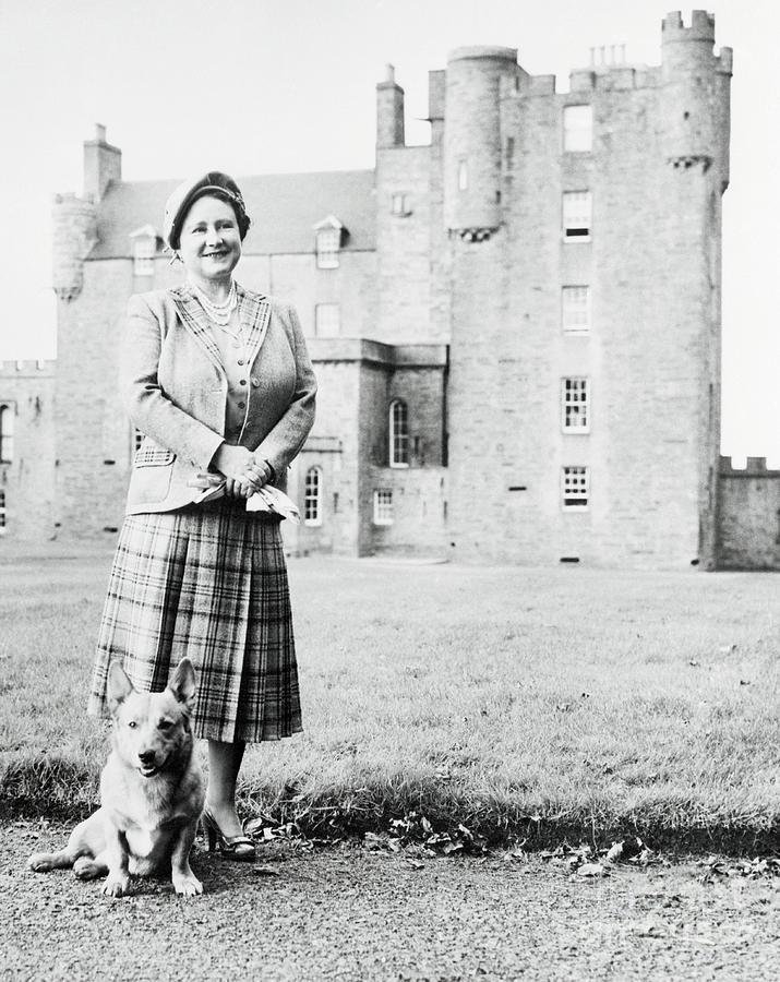 Queen Mother Elizabeth At Castle Photograph by Bettmann