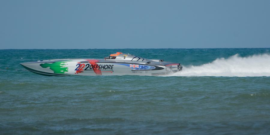 Racing Power Boat 222 OFFSHORE by Bradford Martin