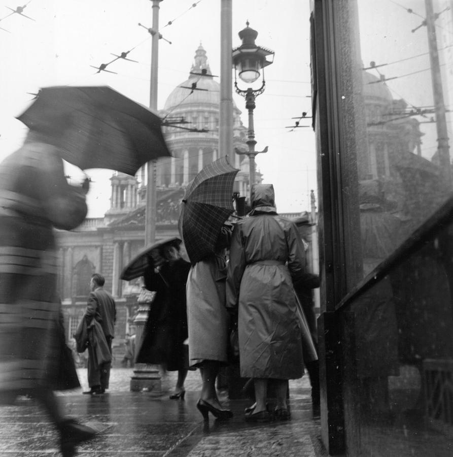 Rain In Belfast Photograph by John Chillingworth