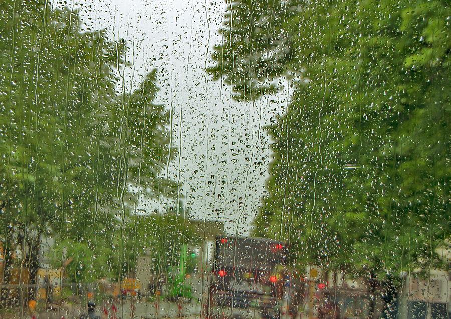 Rain in Berlin by Edward Shmunes