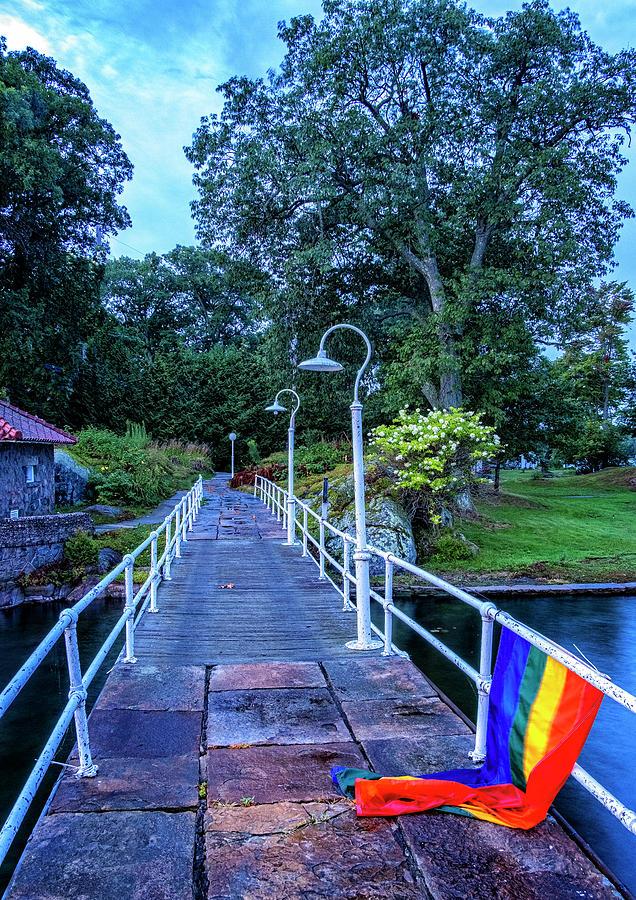 Rainbow Bridge by Tom Singleton