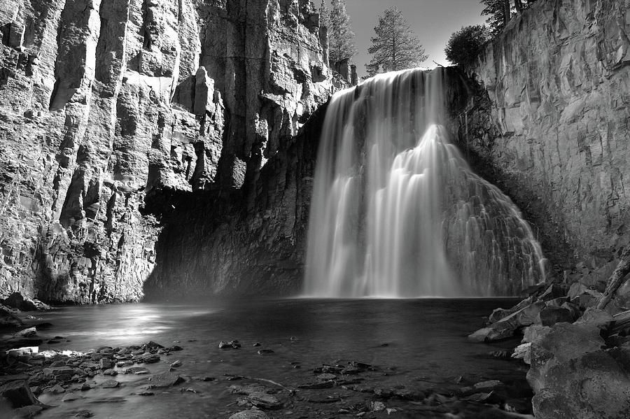 Rainbow Falls by Eric Foltz