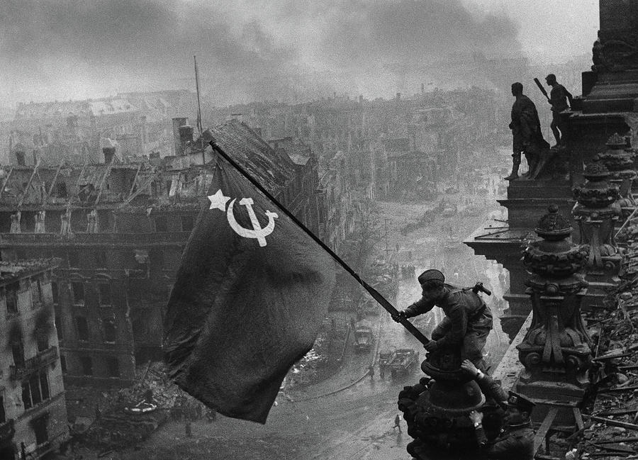 Red Army Painting - Raising A Flag Over The Reichstag by Yevgeny Khaldei