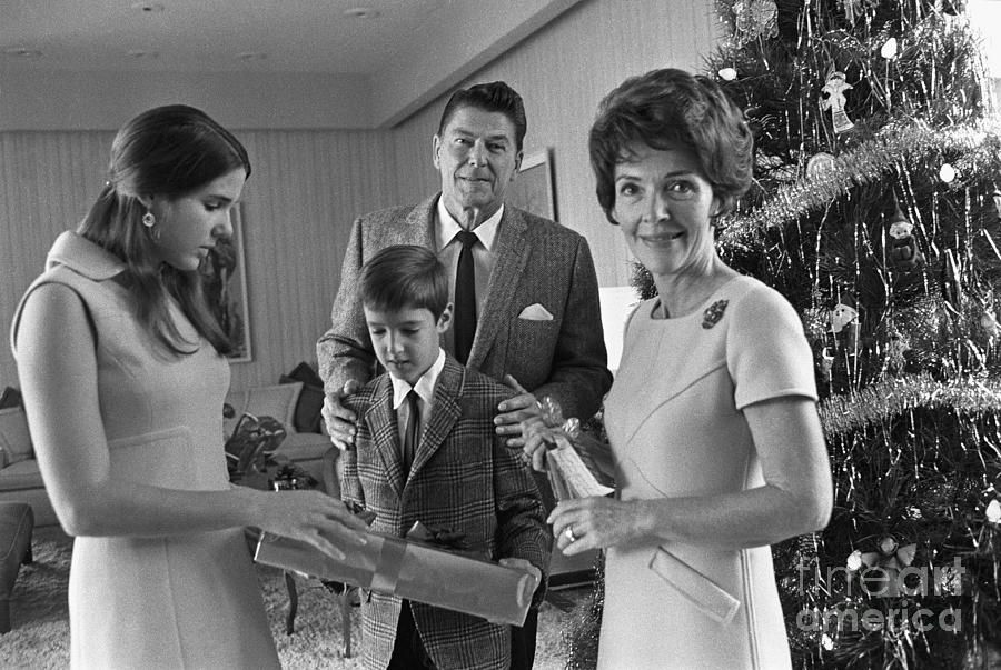 Reagan Family Around Christmas Tree Photograph by Bettmann