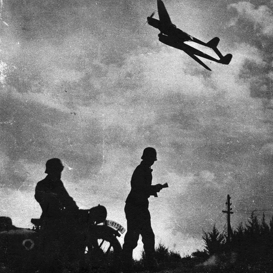 Reconnaissance Photograph by Keystone