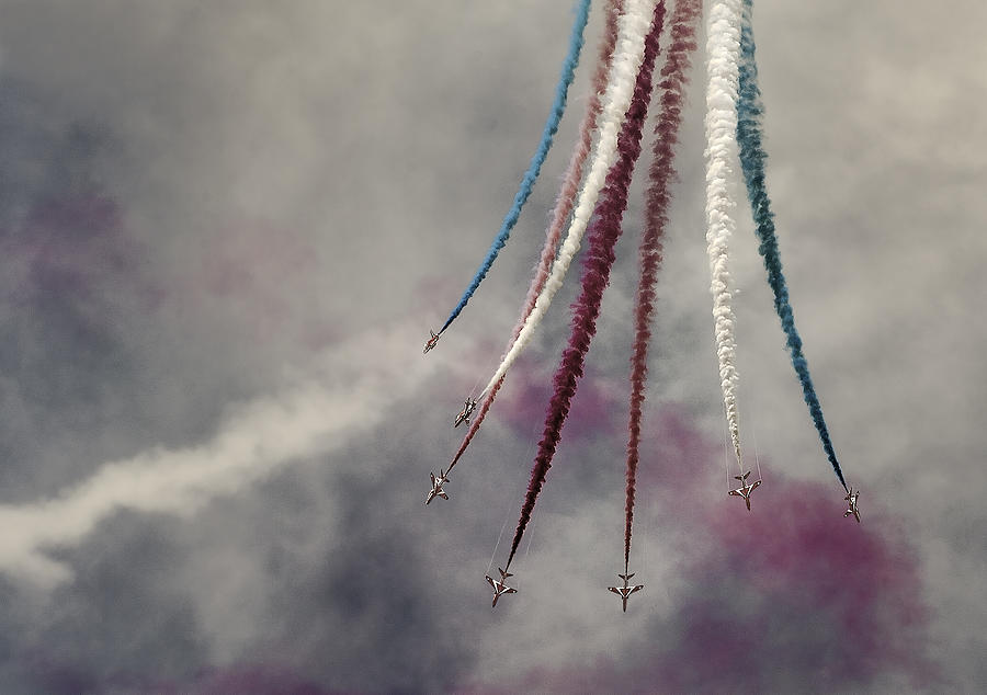 Action Photograph - Red Arrows by Leon