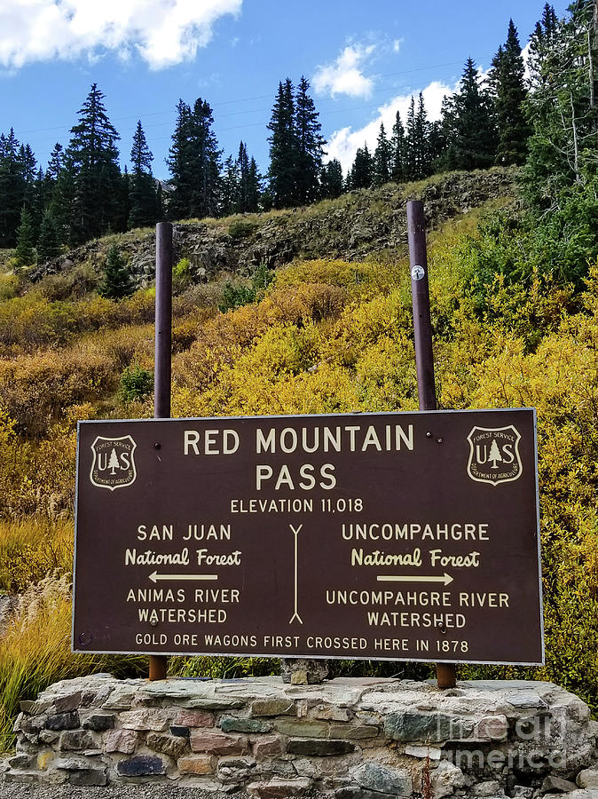 Red Mountain Pass by Elizabeth M