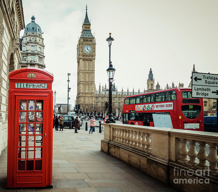 Red Phone Booth And Big Ben Photograph by Taseffski