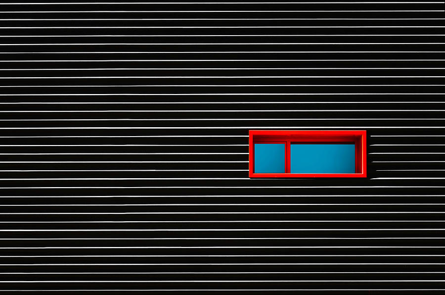 Contrast Photograph - Red Window by Alfonso Novillo