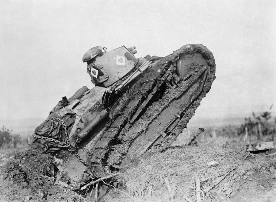 World War 1 Photograph - Renault Tank On Battlefield - France - 1918 by War Is Hell Store
